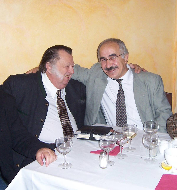 Nebožtík František Oldřich XI. kníže Kinský a ja v roce 2006 v Praze - 2