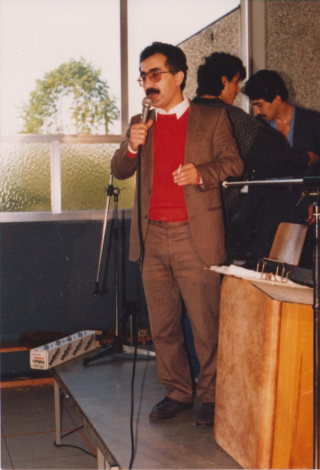 Na svatbě křesťanských Kurdů v SRN 1988