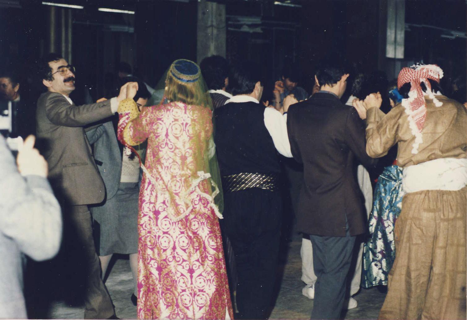 Slavnost po otevření 1.kurdské knihovny v USA,New York,1986