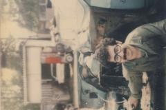 Musel jsem svoje auto opravit sam,1976