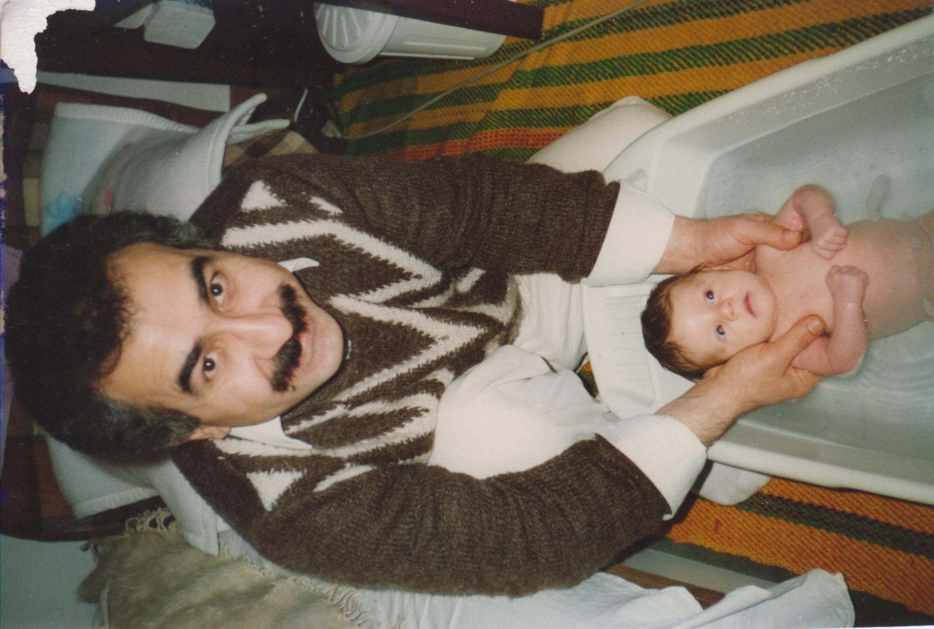 Koupání dcery, největší radost, 1989
