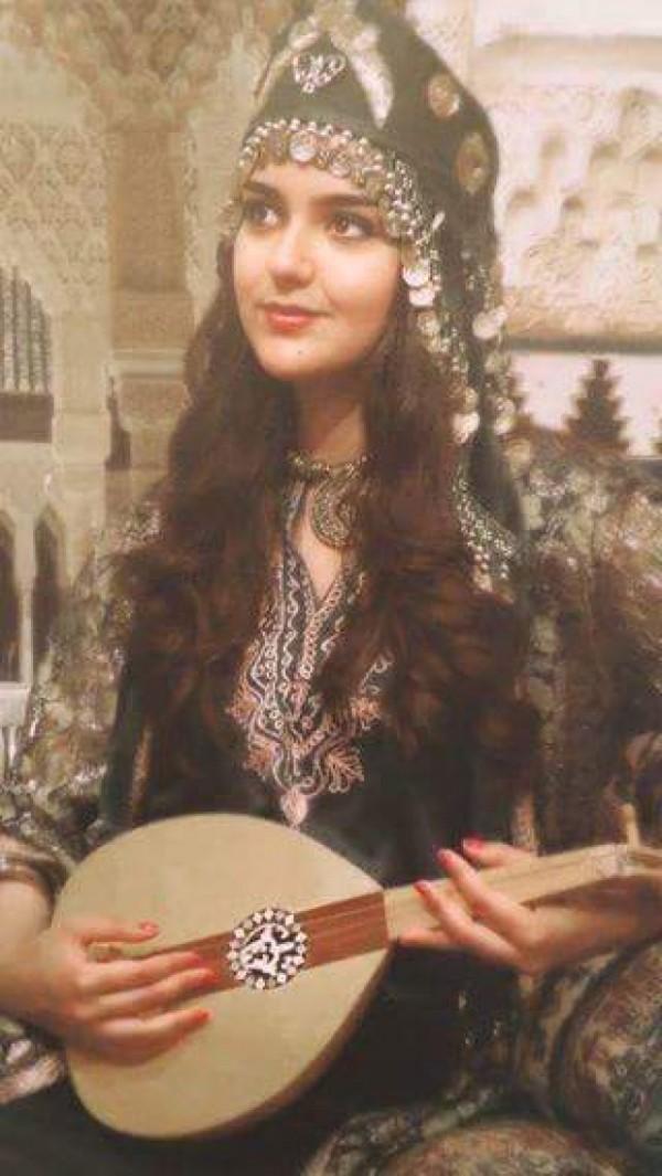 Kurdská Žena - Melodie